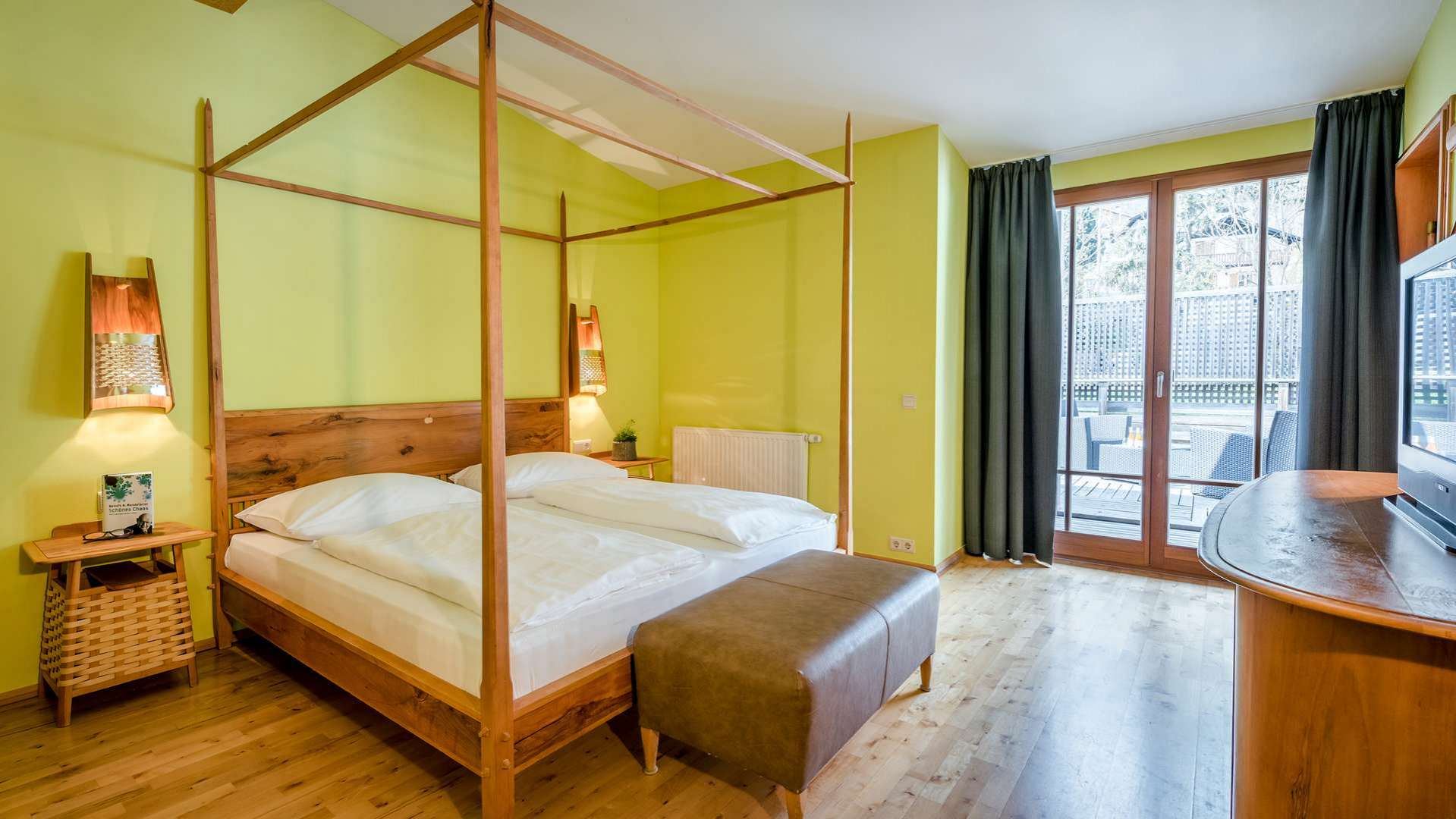 Camera Con Cabina Armadio E Bagno.Hotel Botango B B Parcines Merano Suite Classic Balcony